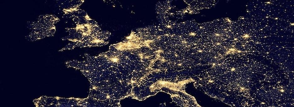 Kadir Gecesi Yeryüzüne Hz. Cebrail (aleyhisselam) ve Çok Sayıda Melek İner